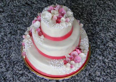 Vörös masni torta