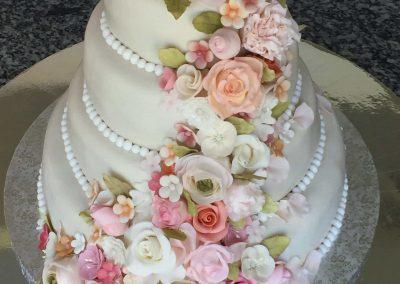 Rózsa girland torta