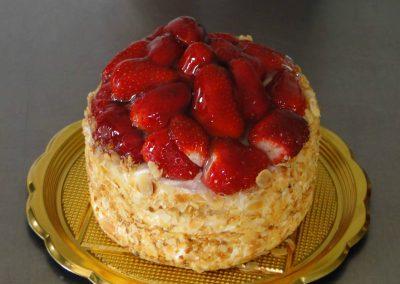 Zsúr epres túró torta
