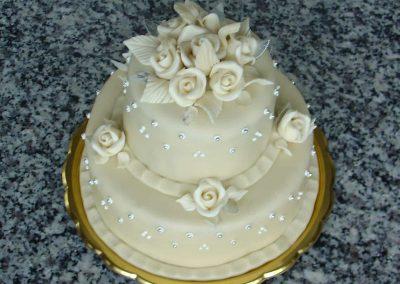 Krémvirágos torta