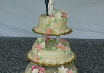 Díszkalap torta