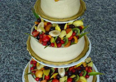 Sokgyümölcsös torta